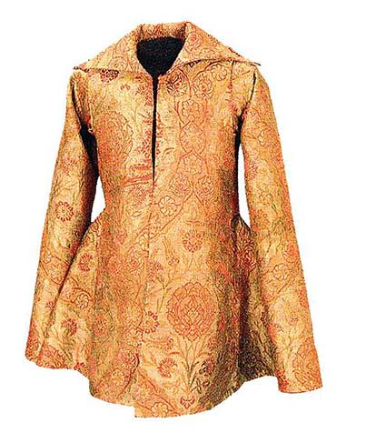Clothing of Miklos Olah, from 1503 is located in Iparmuveszeti Muzeum, Budapest, In: Turnau, History of dress in Central and Eastern Europe from 16 th 18th century