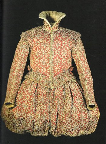 Spanish Clothing from 1590-1610 belongs to the collection of Museo Reggio Emilia, Galleria Parmeggiani Collection