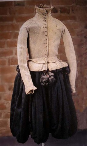 Clothing of Nil Stures murdered in 1567 is now located in Uppsala, Sweden