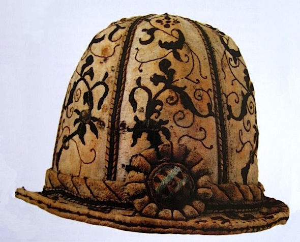 Leather hat mid 16th century, Museo Bagatti Valsecchi, Milan