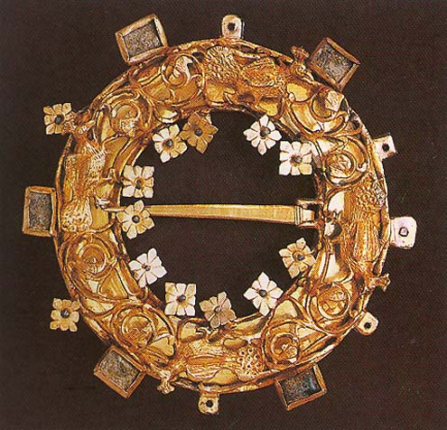 Brooche gold circular brooche from the 13th century. Hungarian National Museum, Budapest